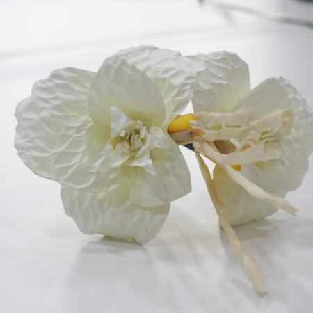 วิธีการทำดอกไม้จันทน์แบบดอกดารารัตน์